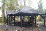Pożar altanki w Legnicy przy ul. Rataja.